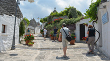 Trulli Spectacular: Five Essential Travel Tips for the Ultimate Alberobello Experience