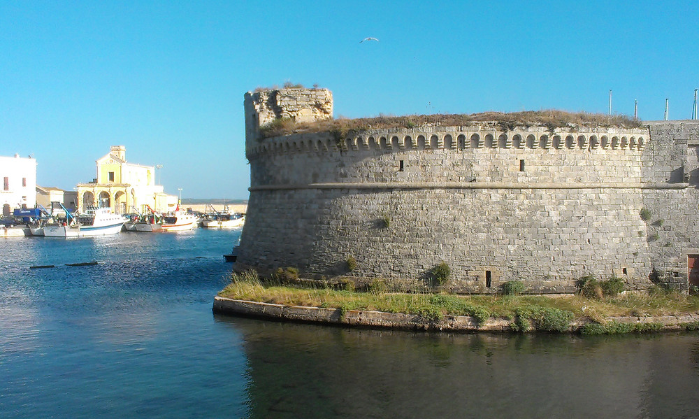 Gallipoli_Castle_Espressino_Travel_Puglia_Tour.jpg