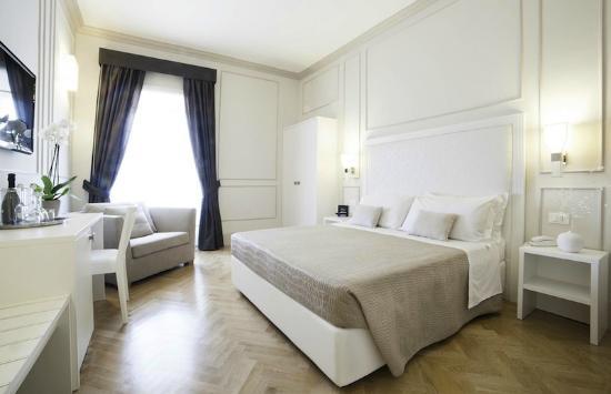 Residenza Scipioni Rome.jpg