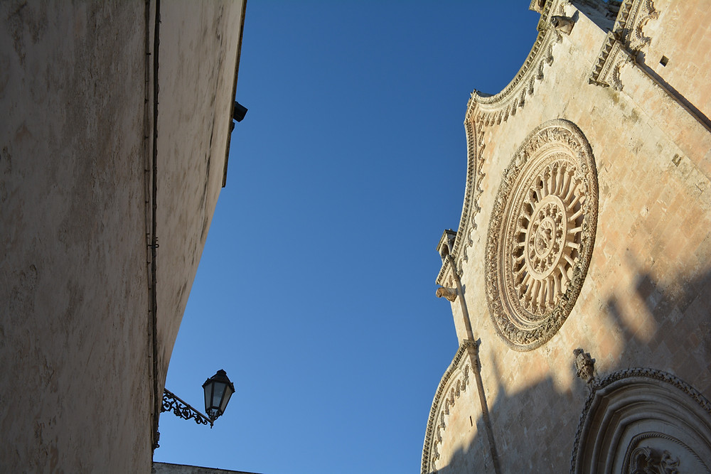 Ostuni_Cattedrale_Espressino_Travel_Puglia_Tour.JPG