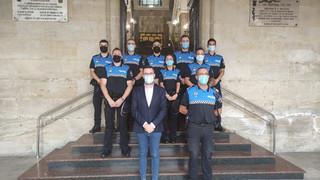 8 agentes de policía local toman posesión en Miranda