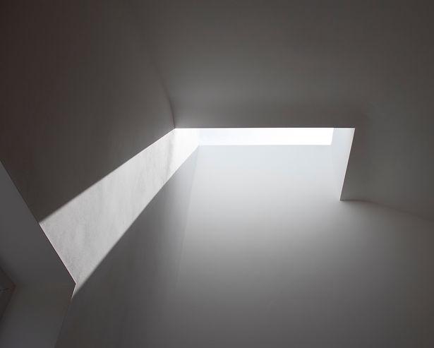 interior02.jpg