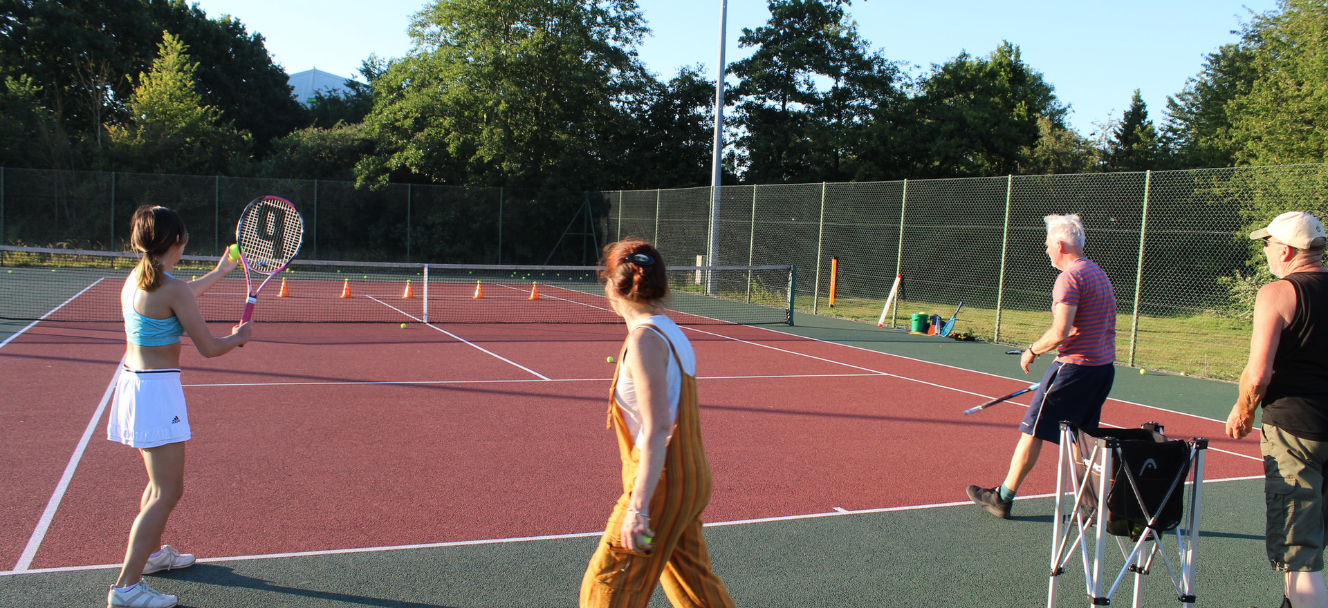 The usual mayhem at Thursday's cardio tennis session for mixed groups - it's always fun!