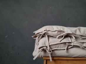 Kinderkamer inspiratie met als basis kleur grijs.