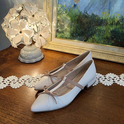 ballet shoes 01