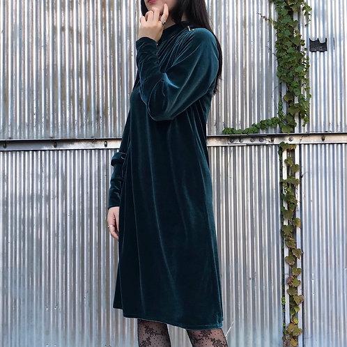 green velours dress