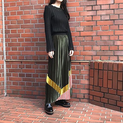 green velours pleated skirt