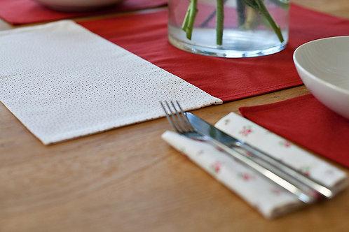 Table centrepiece - dotty organic cotton