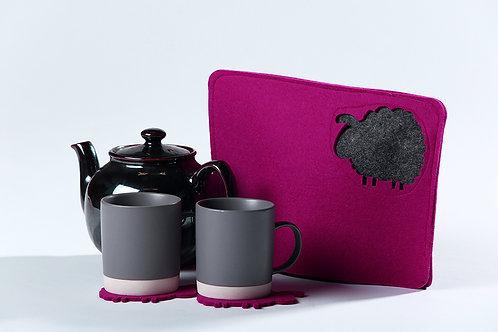 Wooly warm Tea Cosy + 2 coasters