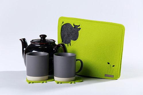 Moooo Tea Cosy + 2 coasters
