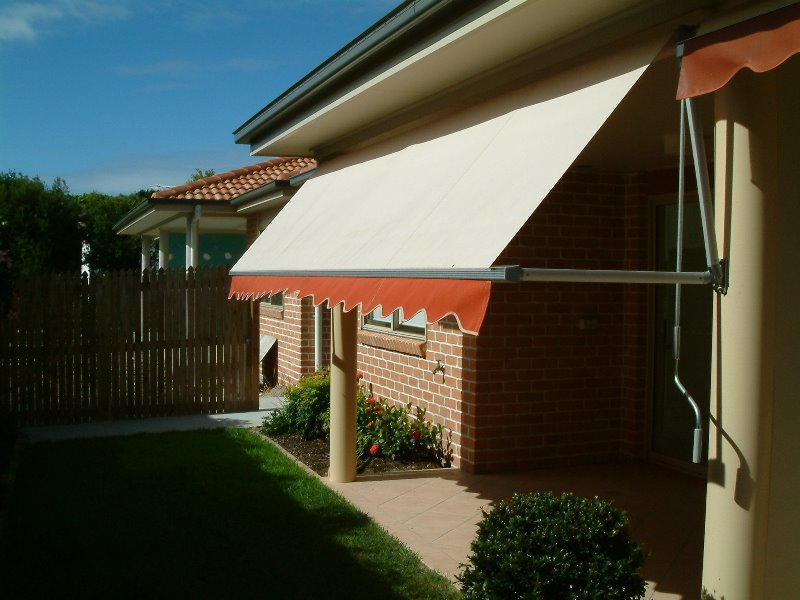 Pivot Arm Awnings   Campbelltown   Macarthur Home Improvements