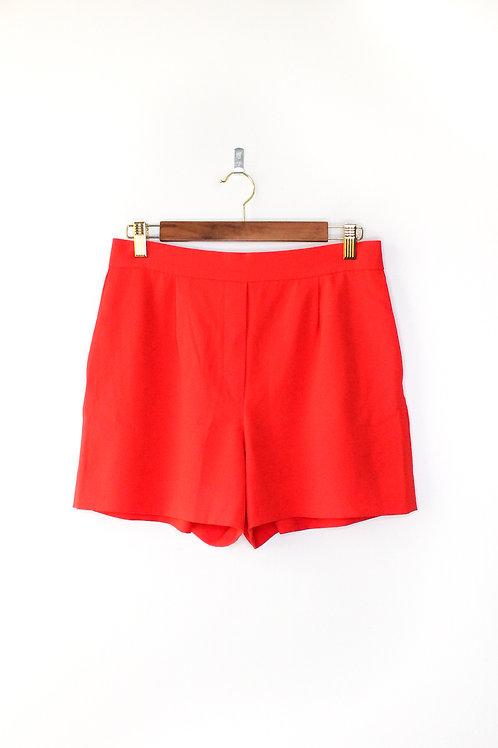 Aritzia Red Shorts Size 6
