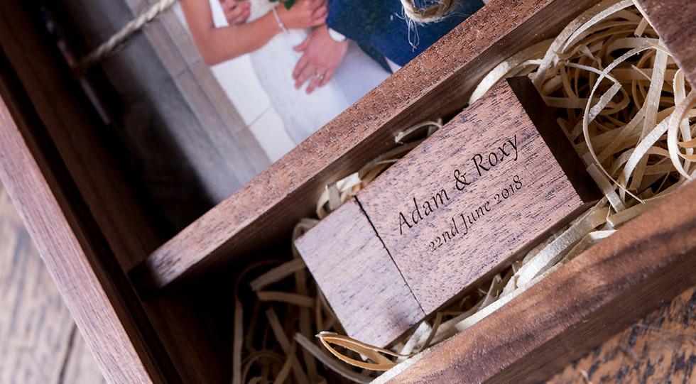 Presentation wedding box open