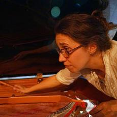 Maria Paz - Piano.jpg