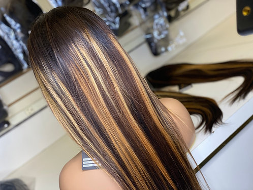 Highlighted Unit W/ Black Roots
