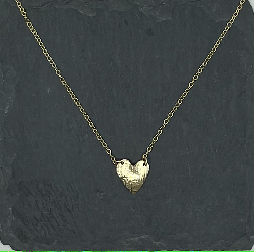 Small hammered gold heart necklace