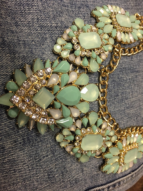 Necklace: Gorgeous Seafoam/Teal and Gold Choker Necklace