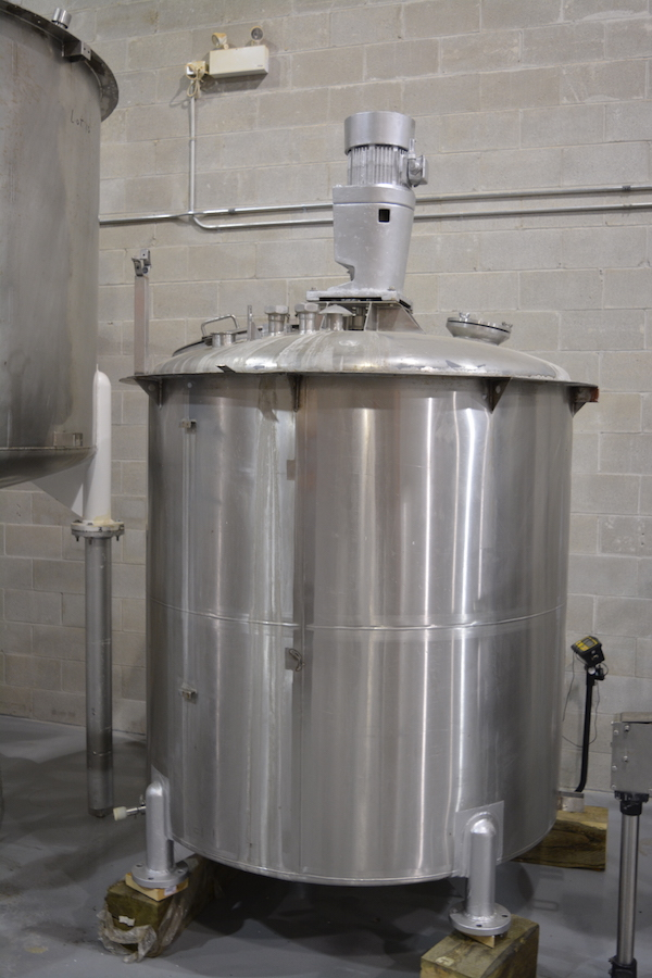 800 Gallon Stainless Steel Tank