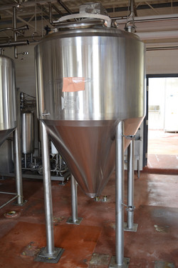 1200 Litre (300 Gallon) Stainless St