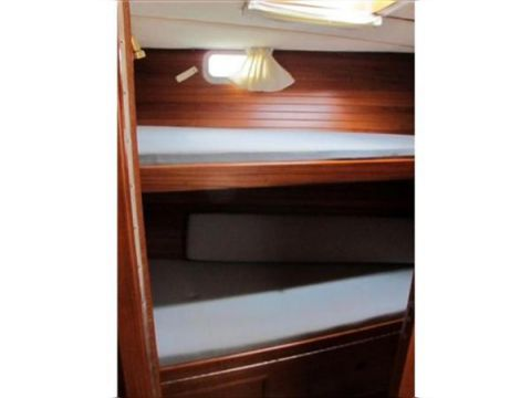 Midships bunks.jpg