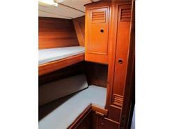 Midships cabin.jpg