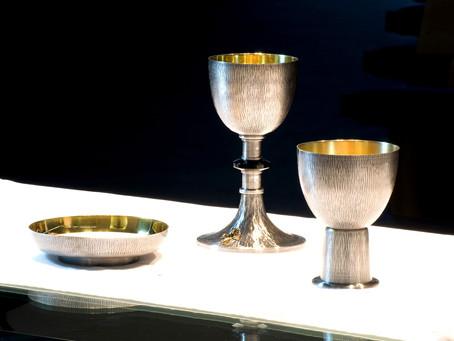 Przedmioty używane w czasie Mszy Świętej.