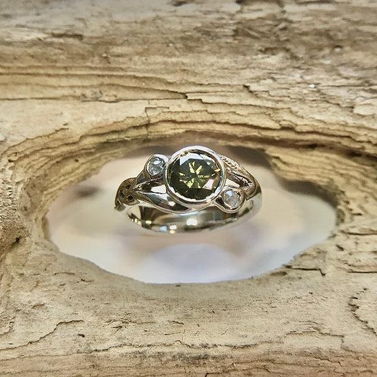 Tree of Life diamond ring - 14 karat white gold