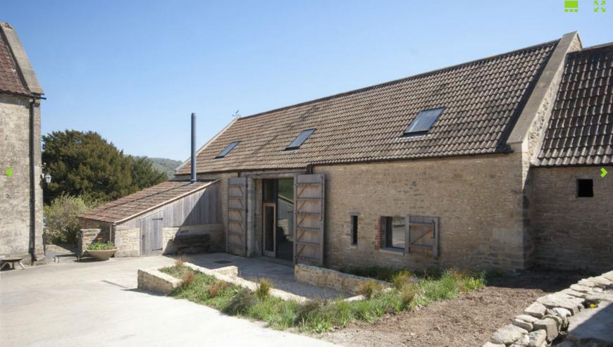 Court Farm Barn