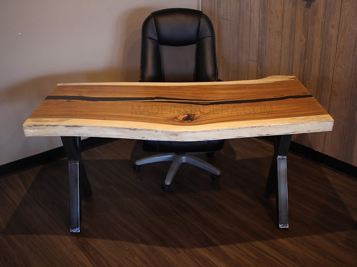 Live edge coffee table, live edge Parota Guanacaste, live edge furniture