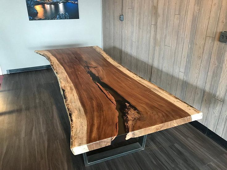 Epoxy live edge dining table, epoxy table top