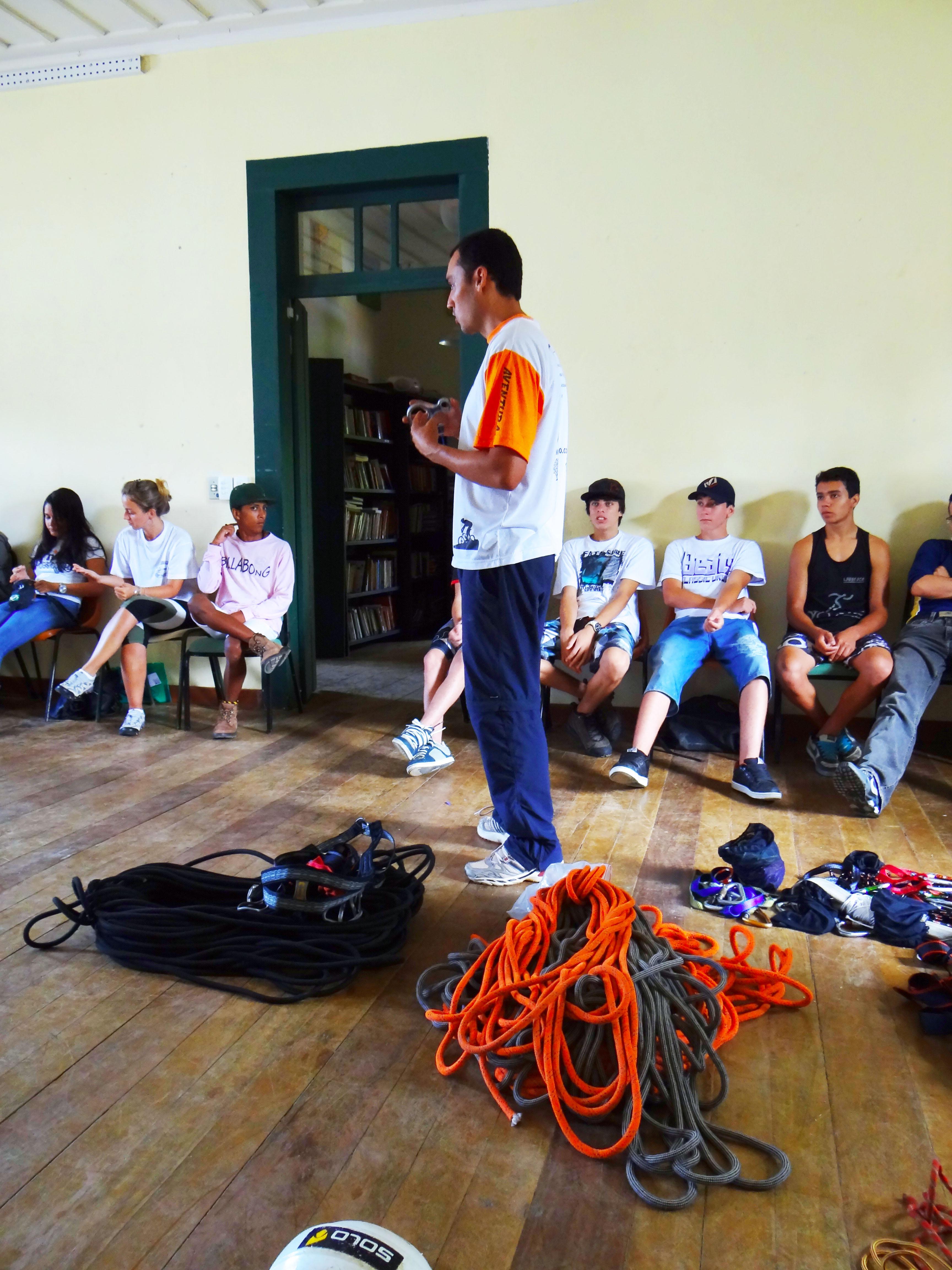 projeto sapucaia Curso Trilhas e Roteiros
