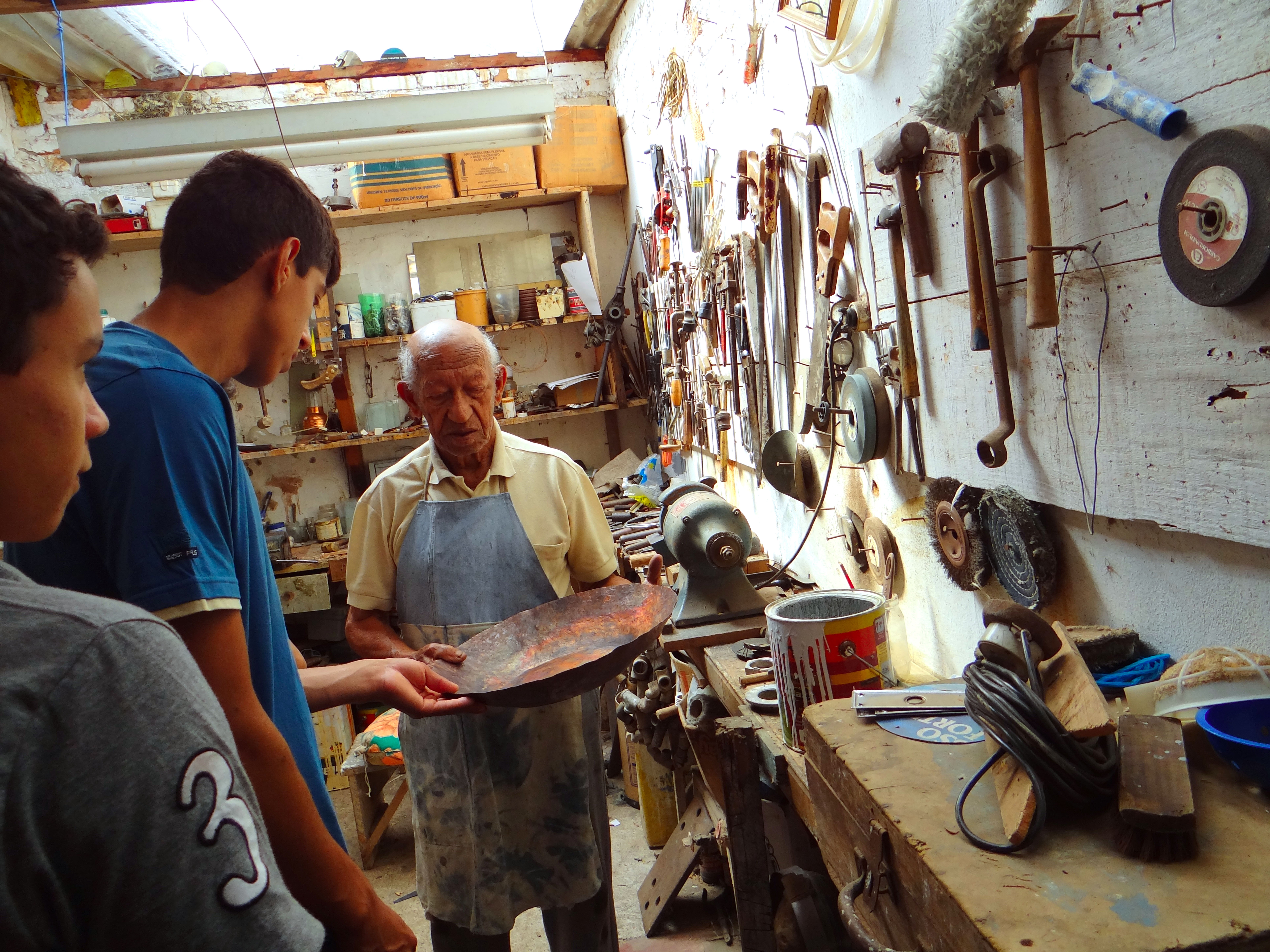 Projeto sapucaia entrevista com escultor Expedito folheiro