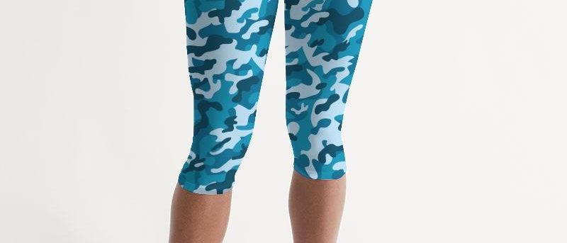Women's Active Comfort Blue Camo Mid-Rise Capri Leggings