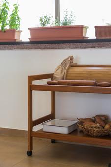 עגלת טיק הושמשה במטבח לאקססוריז שימושיים