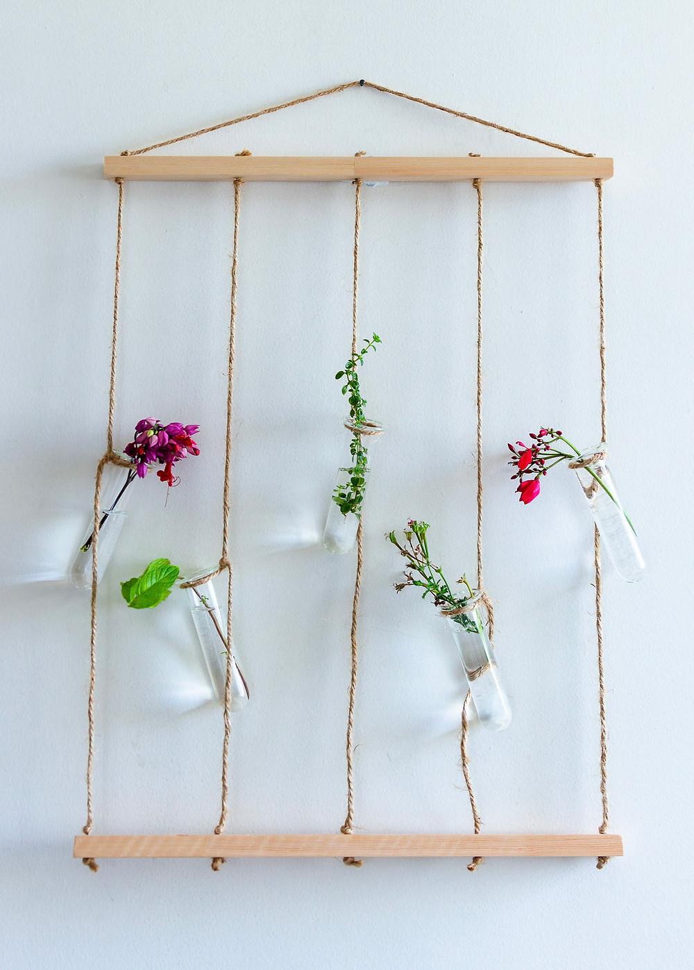סטוידו חיית וינטאג' - מתלה צמחים משמח