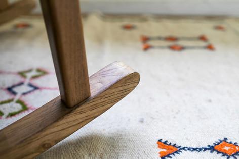 שטיח מרוקאי אותנטי במרפסת חדר השינה