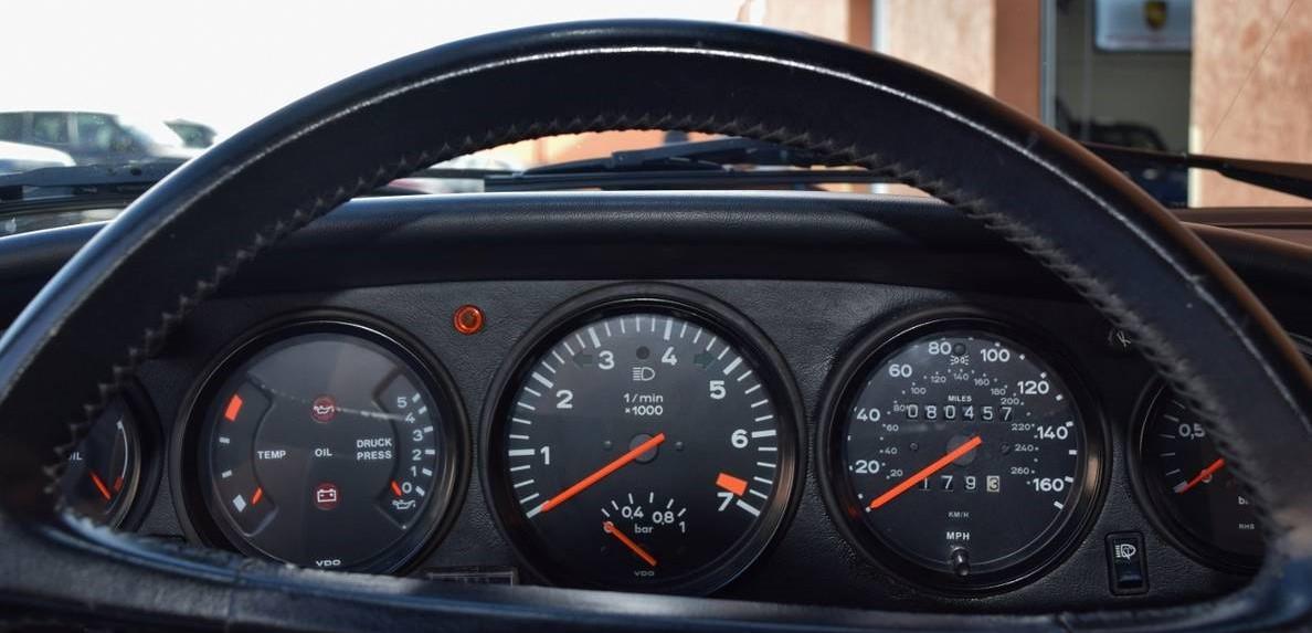 Porsche 930Turbo-12.jpg