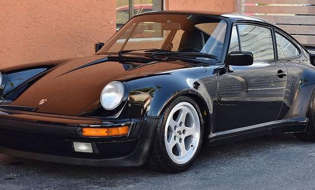 Porsche 930 Turbo.jpg