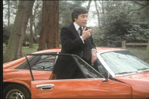 Jaguar XJS-cinema-3.jpg