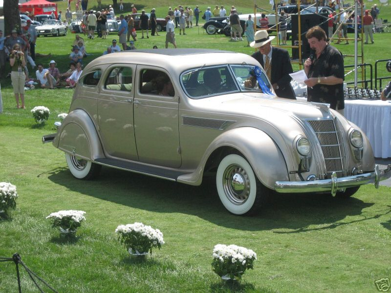 1935 Chrysler C1 sedan