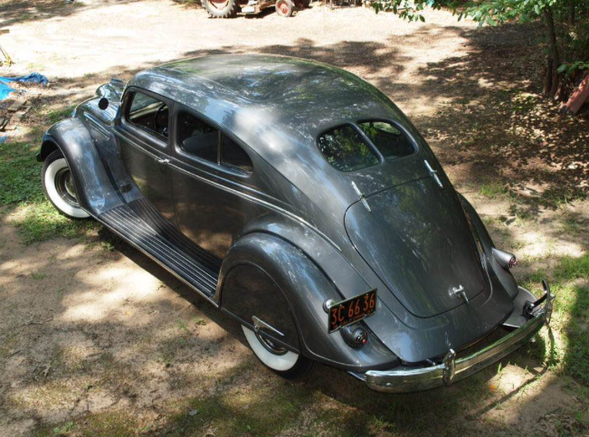 1937 Chrysler C17 coupe