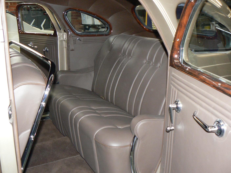 1935 DeSoto SG sedan RHD
