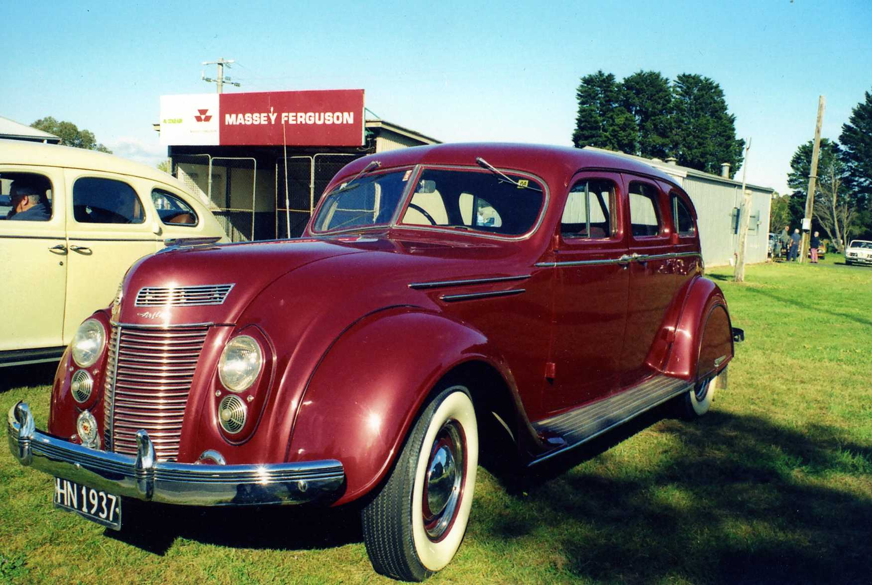 1937 Chrysler C17 sedan RHD