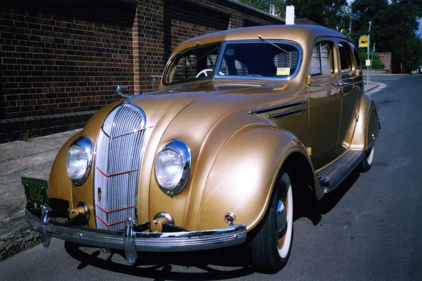 1935 SG Desoto RHD Sedan