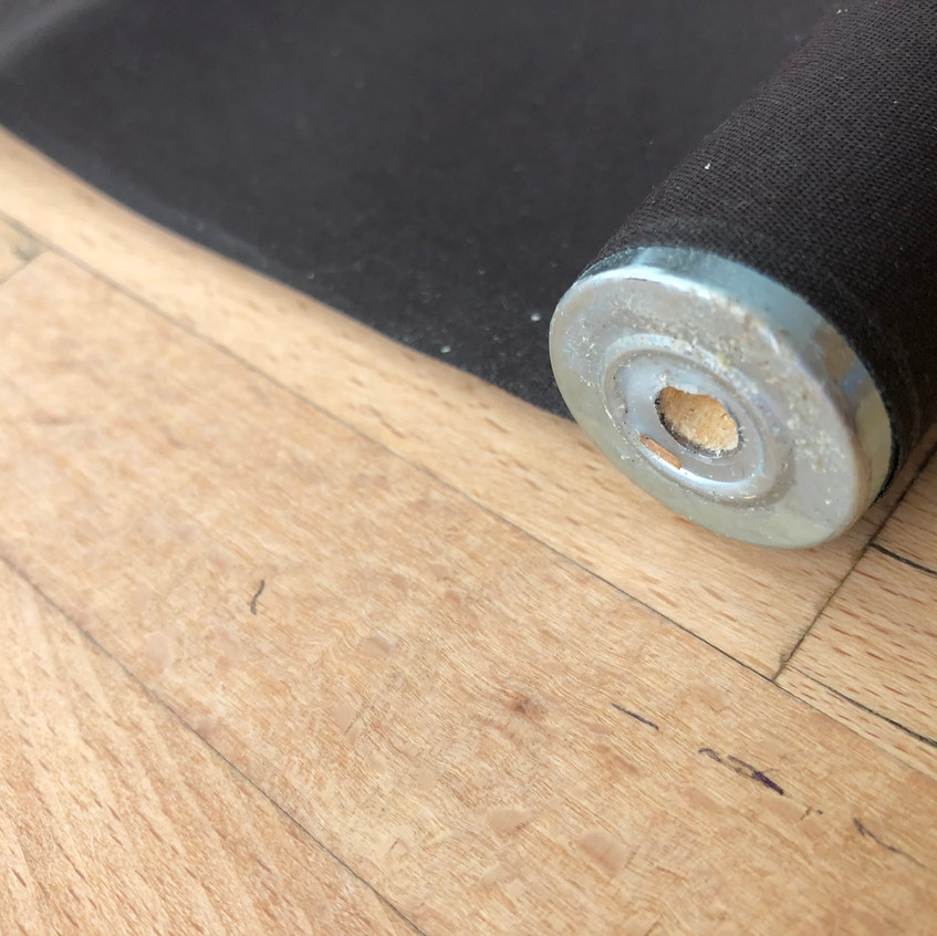 Post end of roller