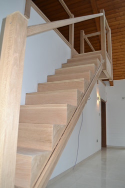 Solid oak cut-string staircase