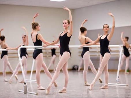 Boas maneiras durante a aula de ballet