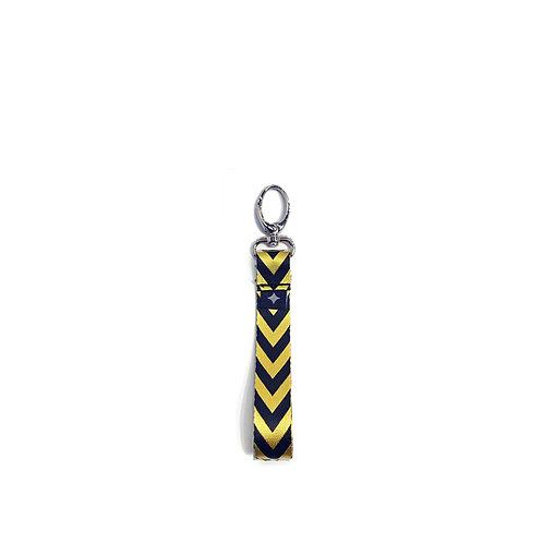 מחזיק מפתחות   צהוב שחור