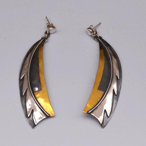 Feather Motif Earrings