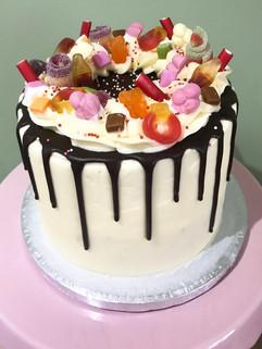 Sweetie and chocolate drip cake